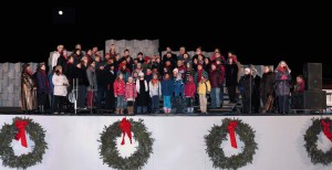 BRUU children, youth and adult choirs singing at the Ellipse in DC, December 2010. (Photo courtesy of Bob McGrath)